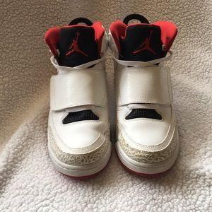 Air Jordan Son of Mars ' Fire Red' Men's size 10